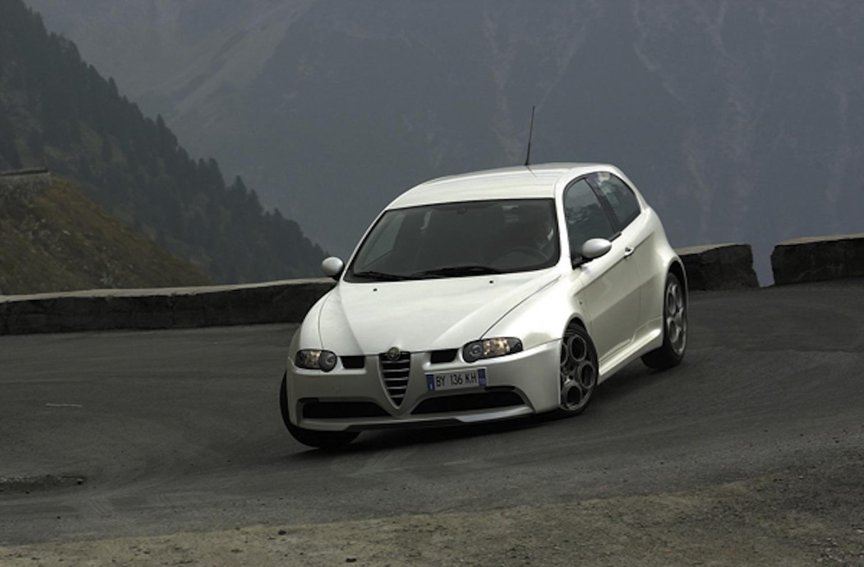 Alfa-Romeo 147 GTA (2002) - Voiture de Sport de l'année 2002