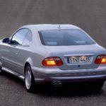Ab 1998 ist auch im CLK Coupé und CLK Cabriolet das 5,5-Liter-V8-Triebwerk erhältlich, als CLK 55 AMG mit 255 kW/347 PS Leistung und 510 Newtonmetern Drehmoment.