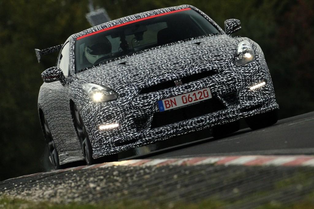 nissan-gtr-2014-nurburgring-8