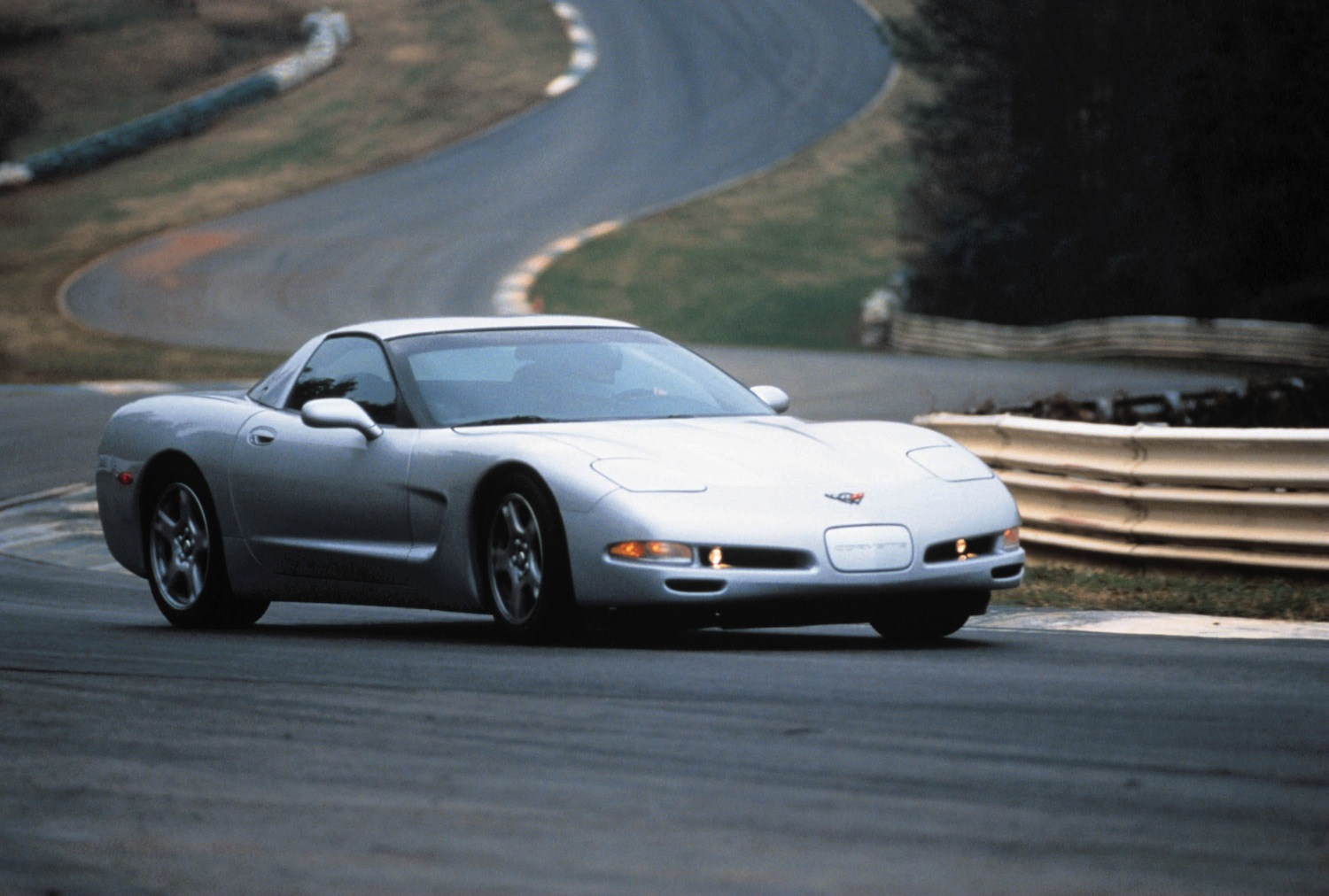 1999 Chevrolet Corvette coupe. 99-07COR