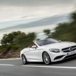 Mercedes-AMG S 63 4MATIC Cabriolet; designo diamantweiß bright Interieur: bengalrot/schwarz designo diamond white bright,