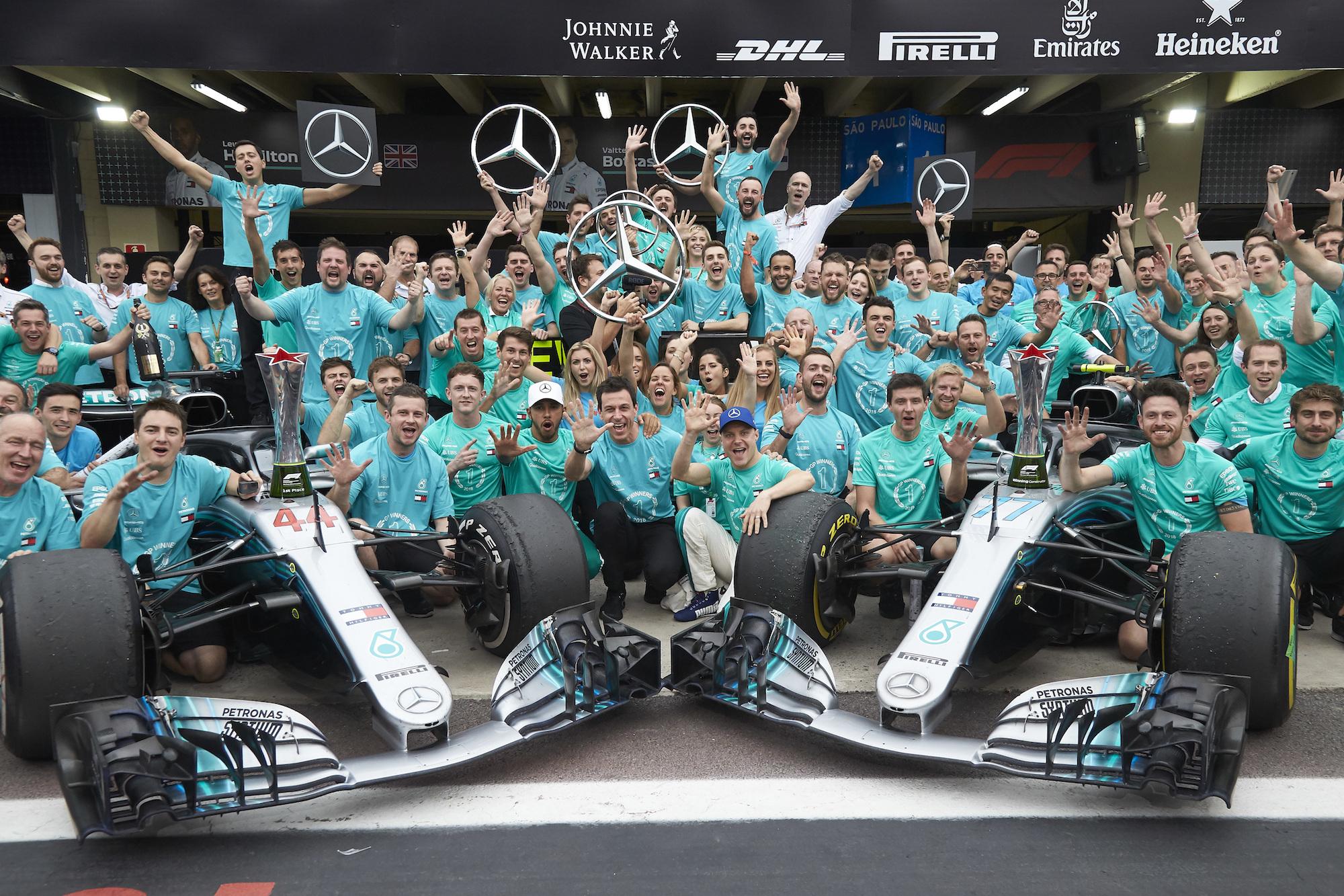 Formel 1 - Mercedes-AMG Petronas Motorsport, Großer Preis von Brasilien 2018. Lewis Hamilton, Valtteri Bottas   Formula One - Mercedes-AMG Petronas Motorsport, Brazilian GP 2018. Lewis Hamilton, Valtteri Bottas