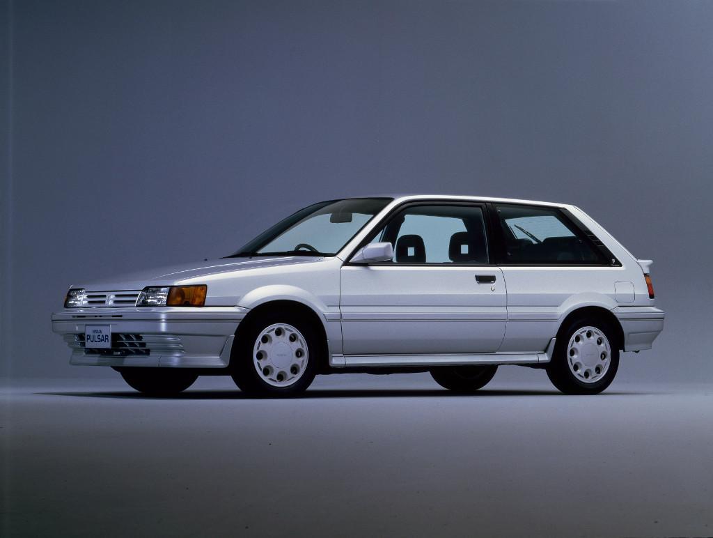 Nissan Sunny GTI 16V 1L6 N13