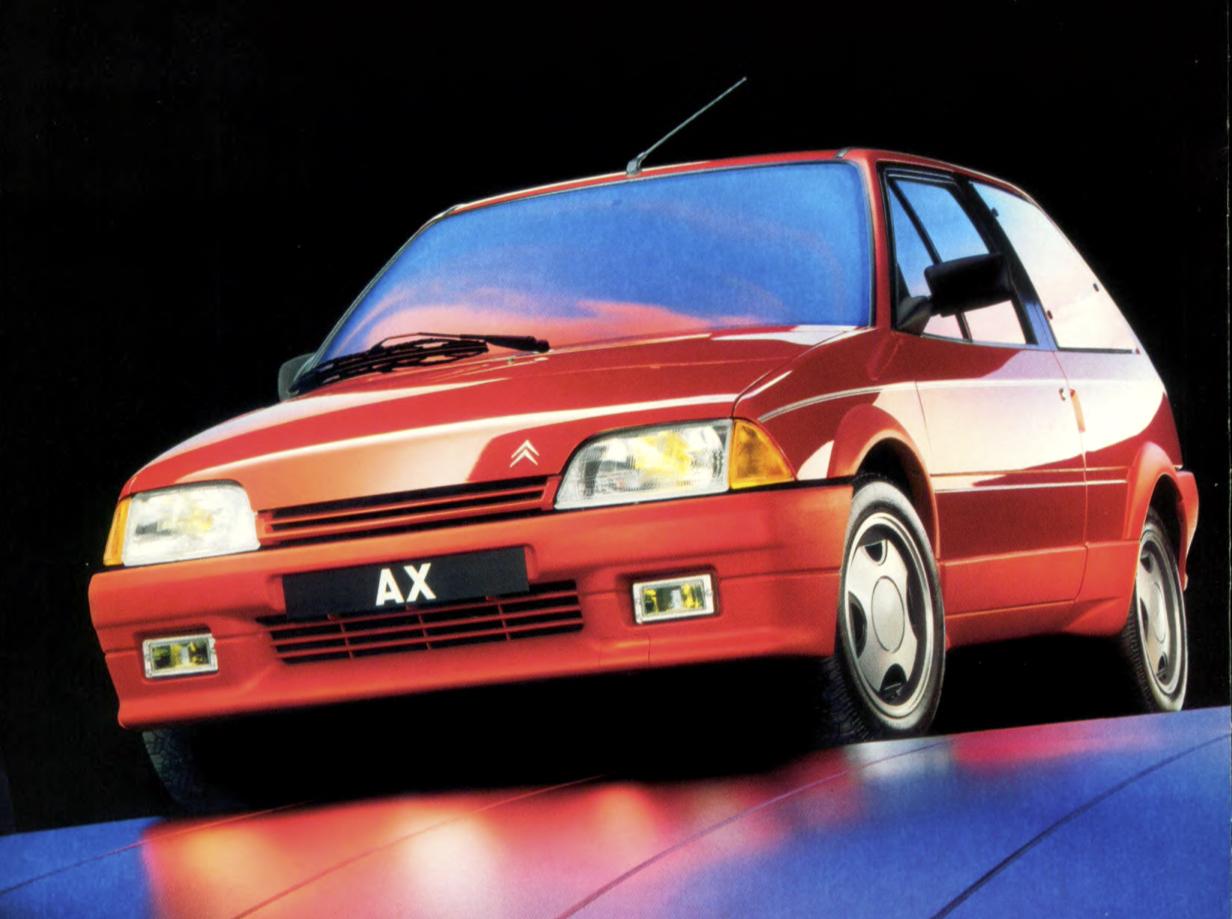 La Citroën AX Sport Phase 2 ne s'est pas civilisée. Elle a amélioré sa finition, mais pour le reste son caractère demeure intact. Ouf !