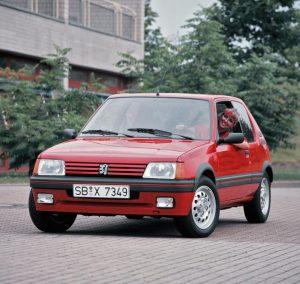 Peugeot 205 GTI 1L6 115 ch (1986)