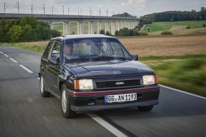 1988-Opel-Corsa-GSi-504890 0