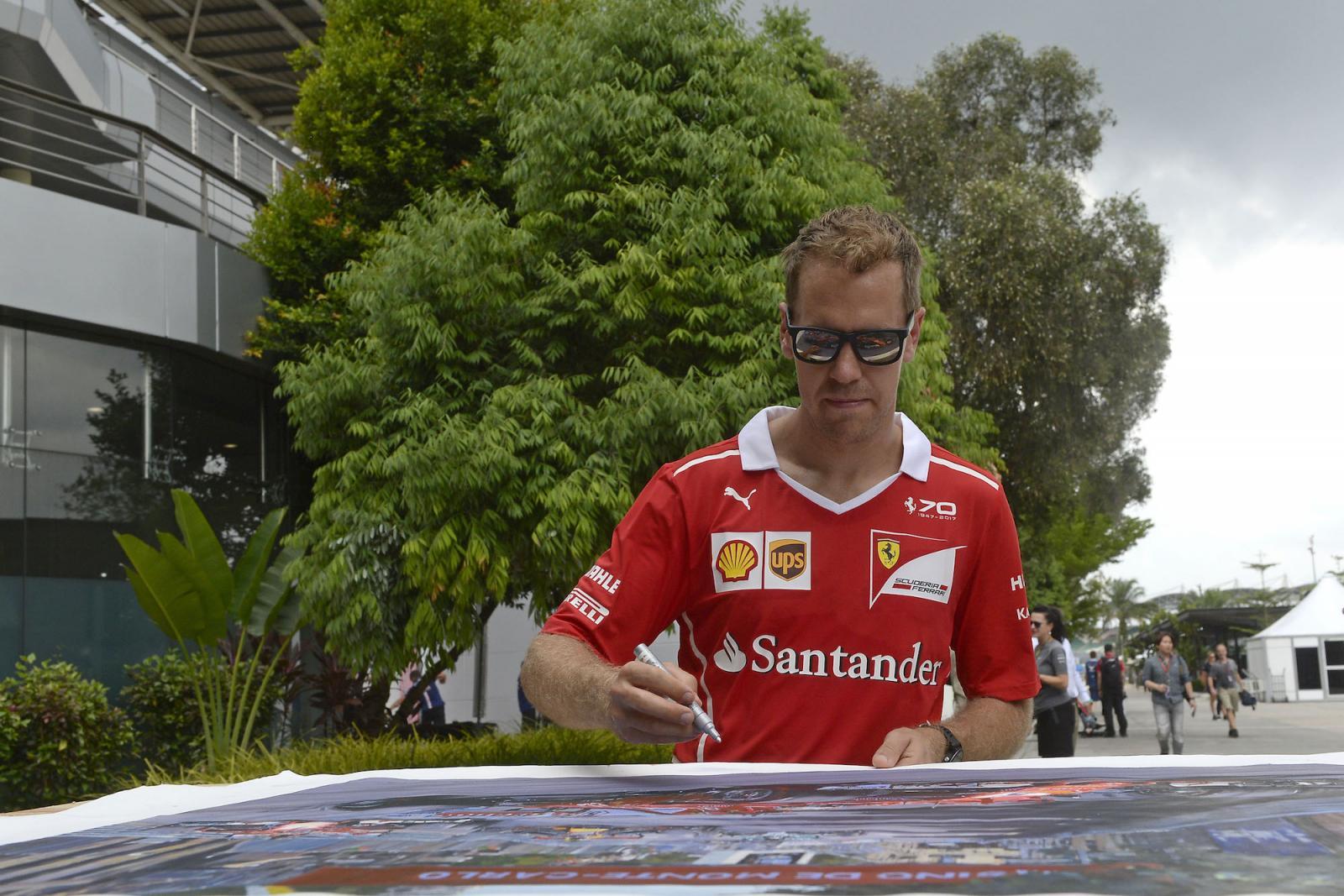 2017-10-01-GP-F1-Malaisie-1
