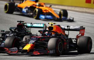 304341 F1 restarts with thriller in Austria