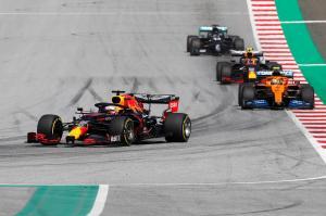 304343 F1 restarts with thriller in Austria