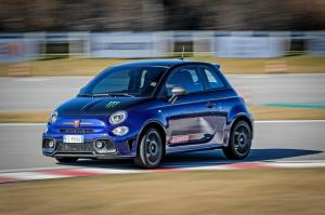 Abarth-595-Monster-Energy-Yamaha-17