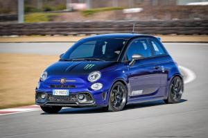 Abarth-595-Monster-Energy-Yamaha-26