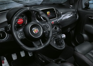 abarth-695-XSR-Yamaha-Limited-Edition-4