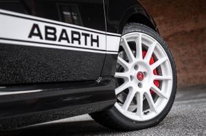 18 New Abarth 695 Esseesse