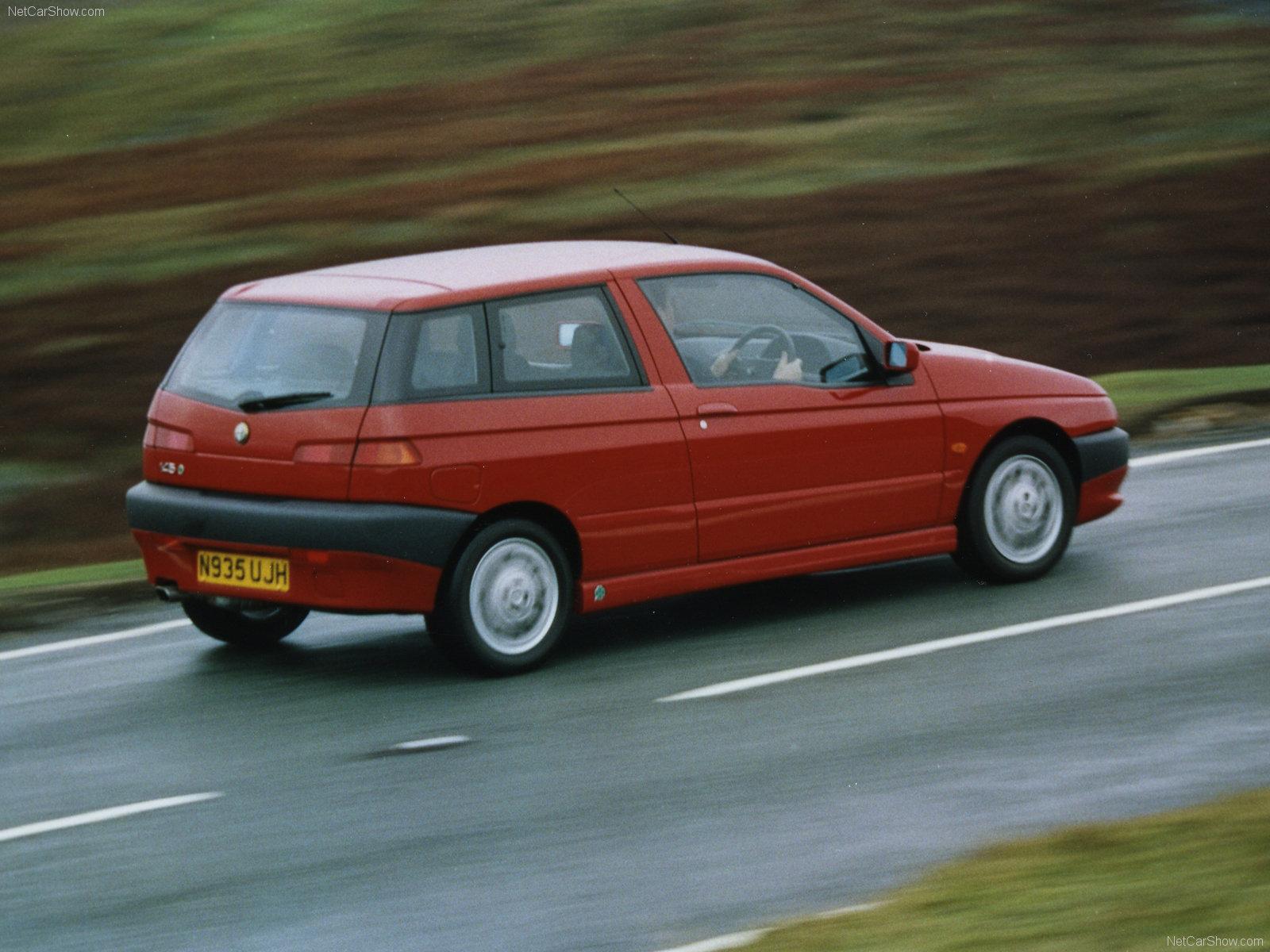 Картинки по запросу Alfa Romeo 145