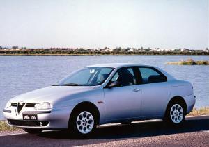 alfa-romeo-156-V6-2L5-24v-12