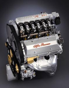alfa-romeo-156-V6-2L5-24v-9
