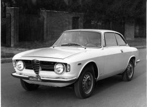 Alfa Romeo Giulia Sprint GT Veloce Type 105