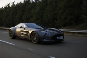 astonmartin-one-77-10