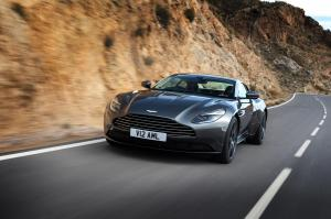 aston-martin-db11-v12-coupe-18