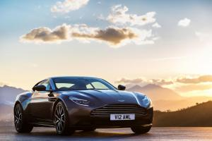 aston-martin-db11-v12-coupe-3