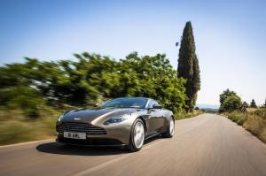 aston-martin-db11-v12-coupe-45