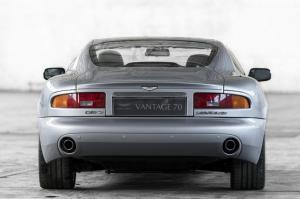 aston-martin-db7-v12-vantage-1-jpg.