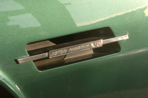 aston-martin-v8-saloon-serie-4-oscar-india-4