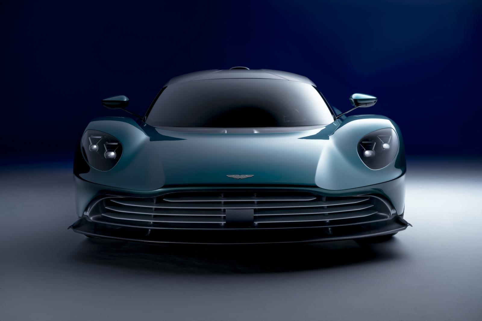 Aston Martin Valhalla01