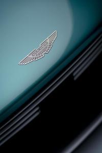Aston Martin Valhalla09