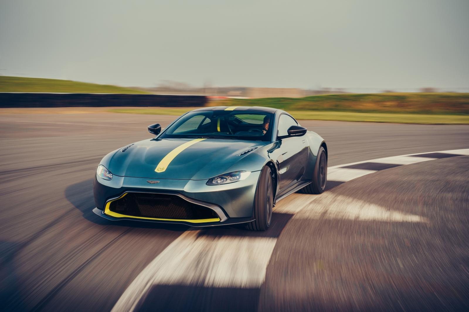 Aston-Martin-Vantage-AMR-mk3-1