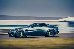 Aston-Martin-Vantage-AMR-mk3-10