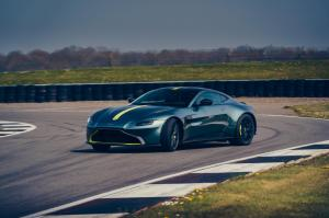 Aston-Martin-Vantage-AMR-mk3-4
