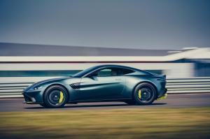 Aston-Martin-Vantage-AMR-mk3-9