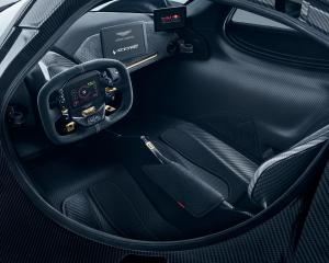 Aston Martin Valkyrie 09