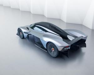 Aston Martin Valkyrie 14