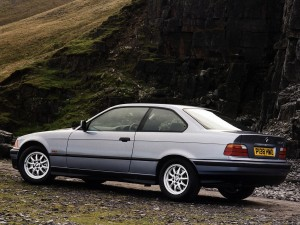 bmw-318is-coupe-e36-4