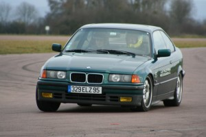 bmw-325i-coupe-e36-3
