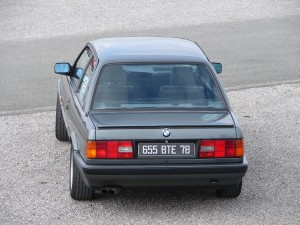 bmw-325is-e30-10