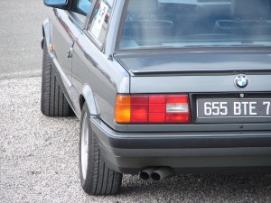 bmw-325is-e30-12