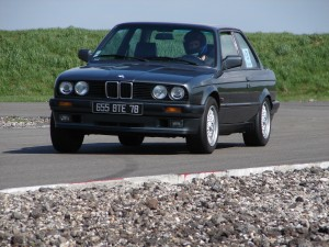 bmw-325is-e30-15
