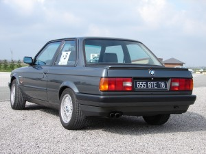 bmw-325is-e30-5
