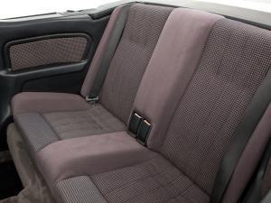 bmw-320i-cabriolet-e30-17