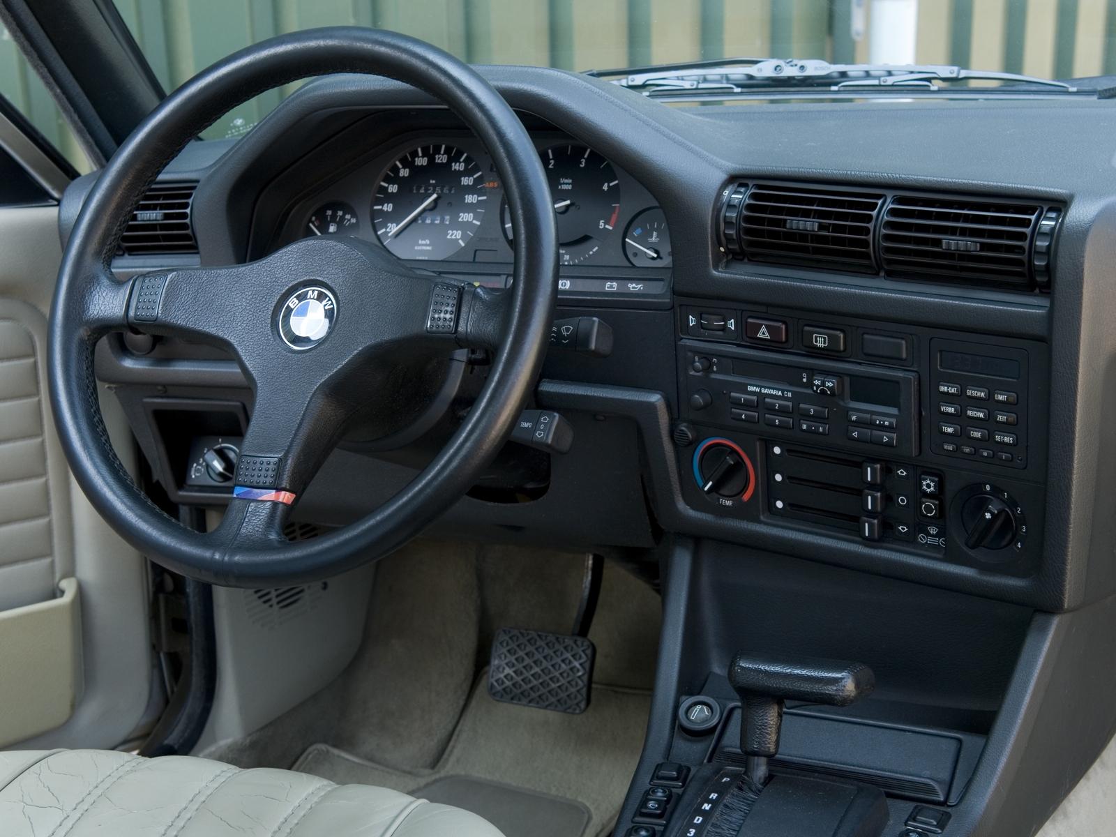bmw-325i-cabriolet-e30-1