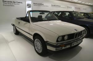 bmw-325i-cabriolet-e30-33