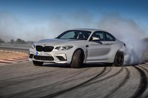 bmw-m2-coupe-2018-24