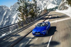 bmw-m4-competition-xdrive-cabriolet-2
