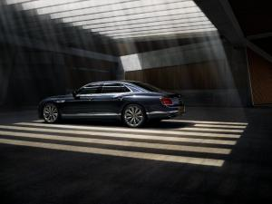 bentley-flying-spur-2019-6