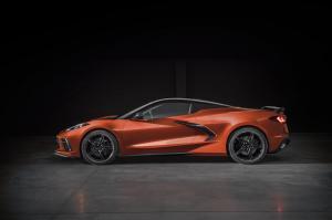 Chevrolet-Corvette-Stingray-Convertible-308060