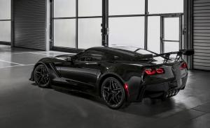 chevrolet-corvette-stingray-zr1-2018-12
