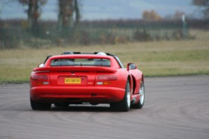 chrysler-viper-rt10-9